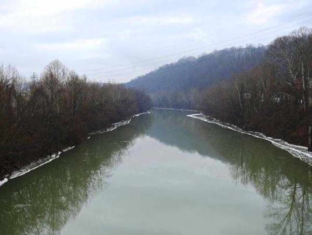 Industry Has Been Poisoning W.Va. Water for Decades, Natives Say